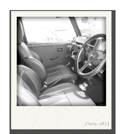 画像:ジムニーJA11車内1